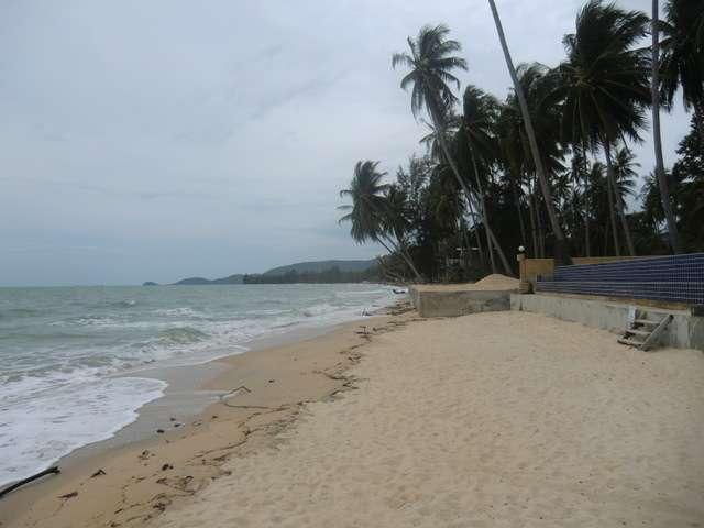 """der Strand """"Lipa Noi"""" rechtsseitig"""